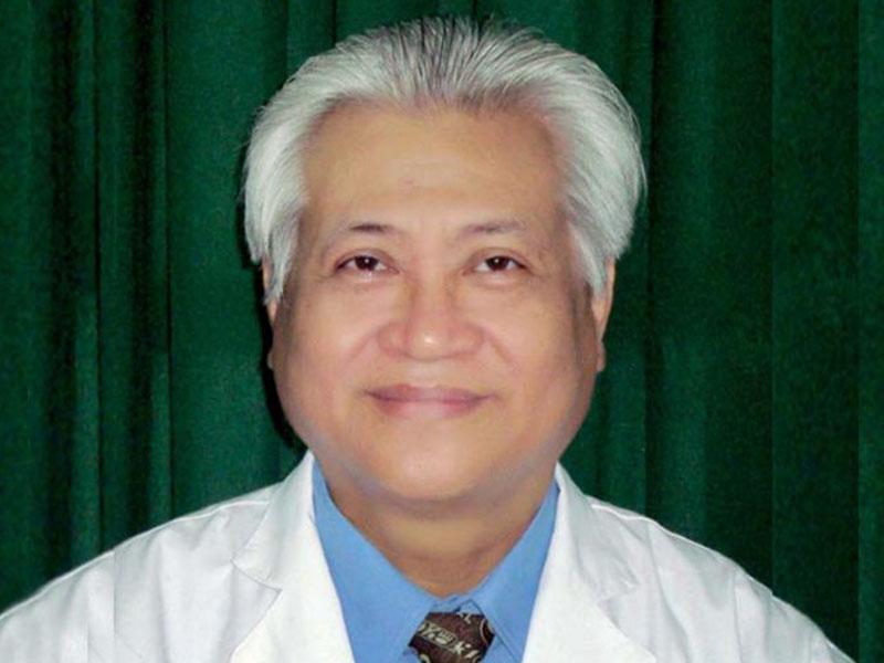 Phó giáo sư Võ Văn Thành được nhiều người bệnh tin tưởng và lựa chọn trong điều trị các bệnh về xương khớp