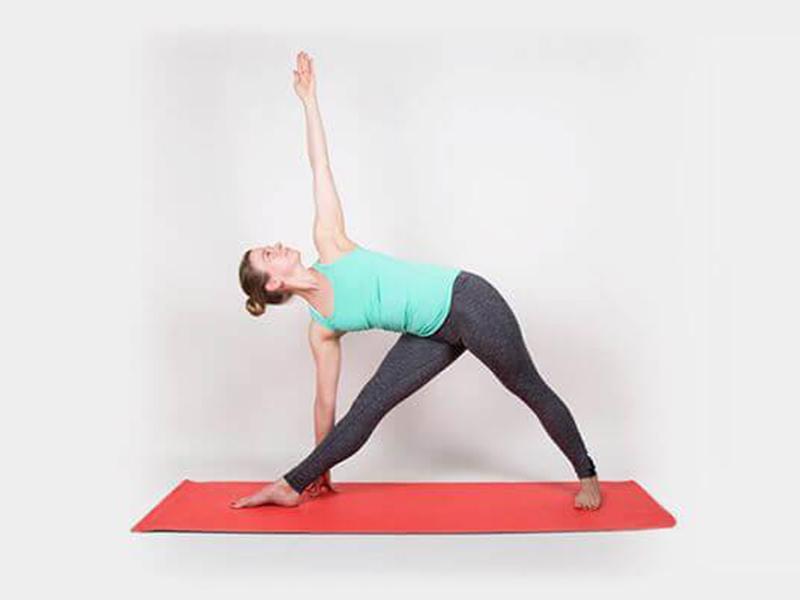 Tư thế yoga giúp giảm đau ở vùng đầu gối