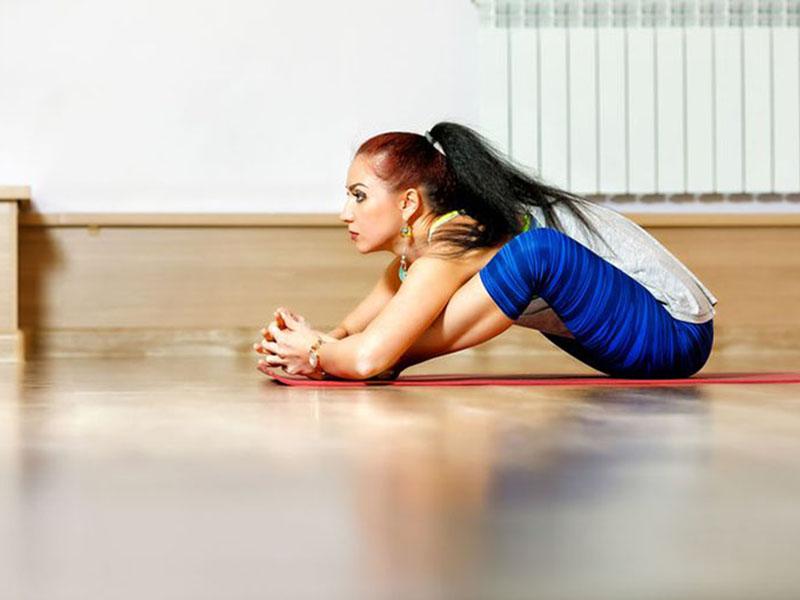 Virasana là bài tập giúp săn chắc phần cơ hông và đùi