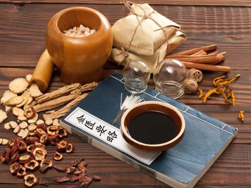 Bài thuốc Kinh phòng bài độc tán là một trong những bài thuốc cổ phương chữa viêm họng khá nổi tiếng