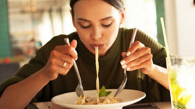 Viêm da dị ứng kiêng ăn gì là thắc mắc của không ít độc giả.