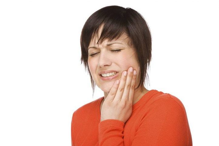 Viêm khớp thái dương hàm gây ra bởi nhiều nguyên nhân khác nhau