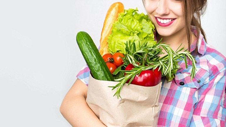 Một chế độ ăn uống hợp lý sẽ mang lại hiệu quả điều trị rong kinh tốt hơn