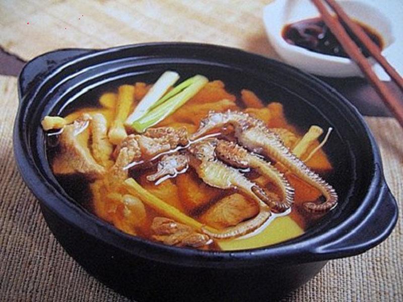 Món hải mã hầm gà giò bổ dưỡng