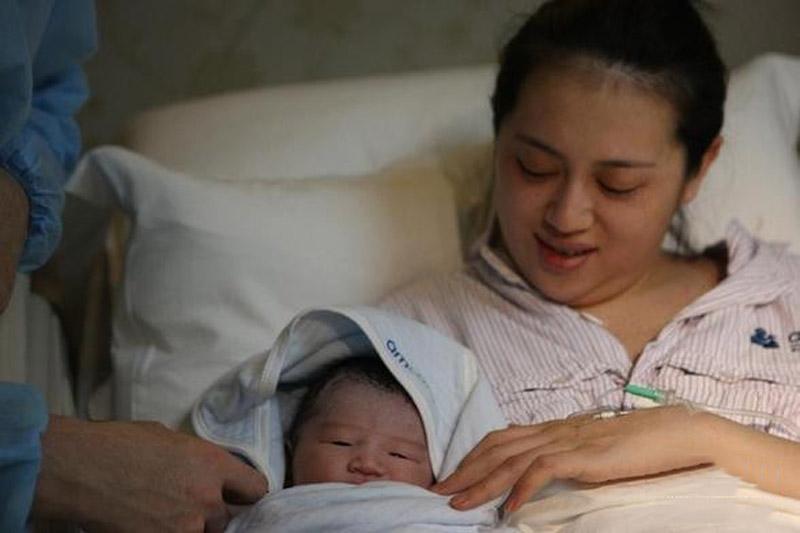 kinh nghiệm chữa viêm họng hạt của mẹ bầu