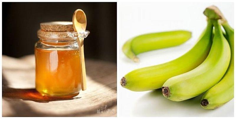 Chuối tiêu xanh tán bột kết hợp với mật ong điều trị bệnh