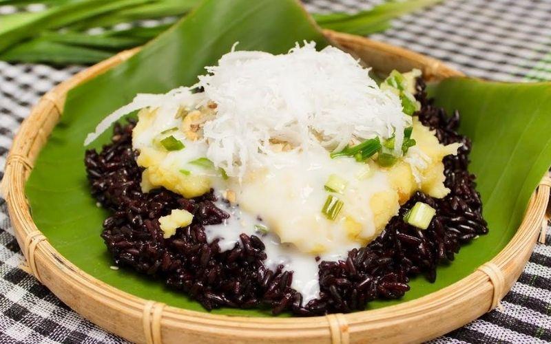Chữa đau xương khớp bằng gạo nếp cẩm nấu xôi đậu xanh cốt dừa