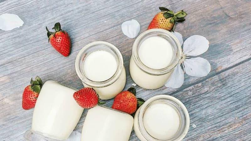 Đau dạ dày có nên ăn sữa chua là vấn đề nhận được nhiều quan tâm