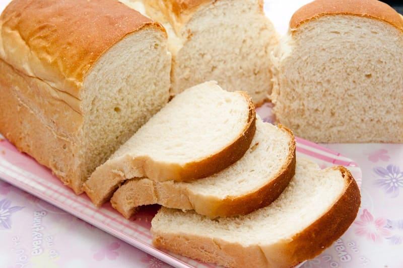 Bánh mì giúp xoa dịu cơn đau dạ dày của người bệnh
