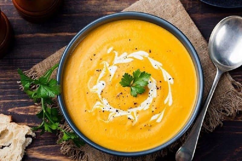 Người bị dạ dày nên có canh hoặc súp trong chế độ dinh dưỡng