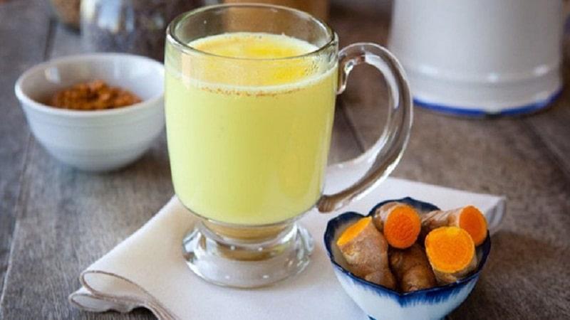 Nghệ tươi và nước dừa là bài thuốc giúp chữa bệnh hiệu quả