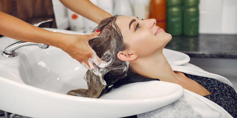 Nhưng sử dụng dầu gội ngay nếu thấy da đầu bị kích ứng, dị ứng hay các biểu hiện bất thường…