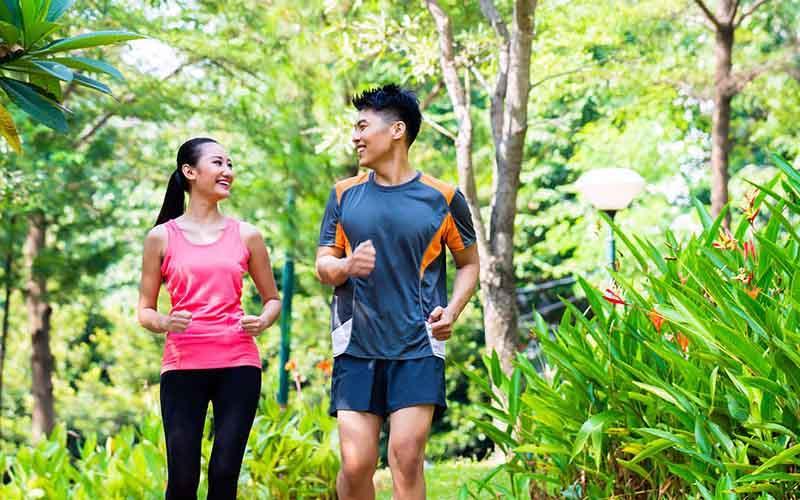 Người mắc bệnh đau khớp có nên tập thể dục không?