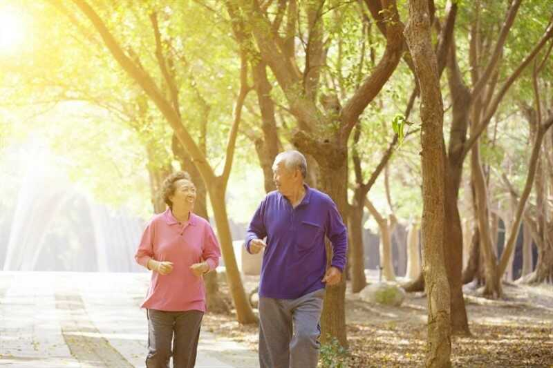 Bệnh nhân đau khớp nên lựa chọn bài tập với cường độ phu hợp