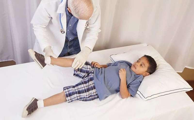 Viêm khớp thiếu niên xảy ra với nhiều thể bệnh