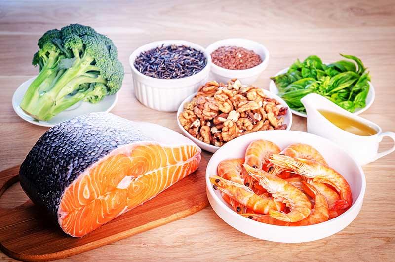 Nhóm thực phẩm có lợi góp phần gia tăng khả năng chữa lành thương tổn tại xương, khớp