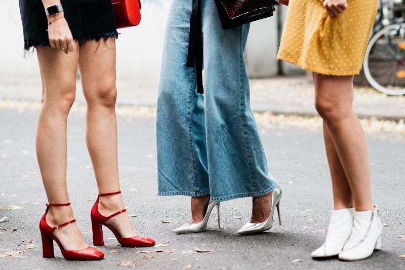 Sử dụng giày cao gót thường xuyên và liên tục sẽ khiến xương khớp đầu gối sẽ bị tổn thương
