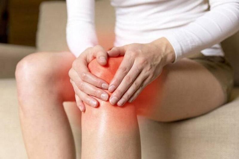 Đau khớp gối đang là tình trạng phổ biến và có dấu hiệu trẻ hóa