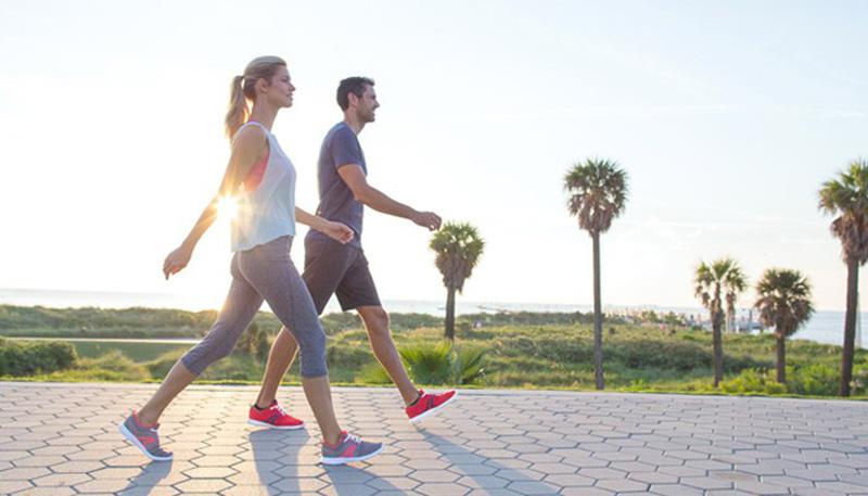 Đi bộ có nhiều lợi ích cho phần cơ, háng