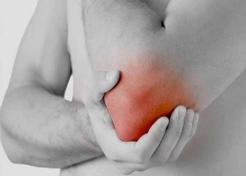 Đau khớp khuỷu tay gây ra nhiều phiền toái