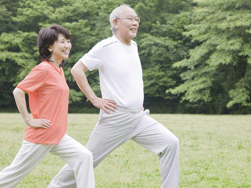 Bệnh nhân sau thực hiện điều trị nên đi lại nhẹ nhàng và nghỉ ngơi để hồi phục sức khỏe