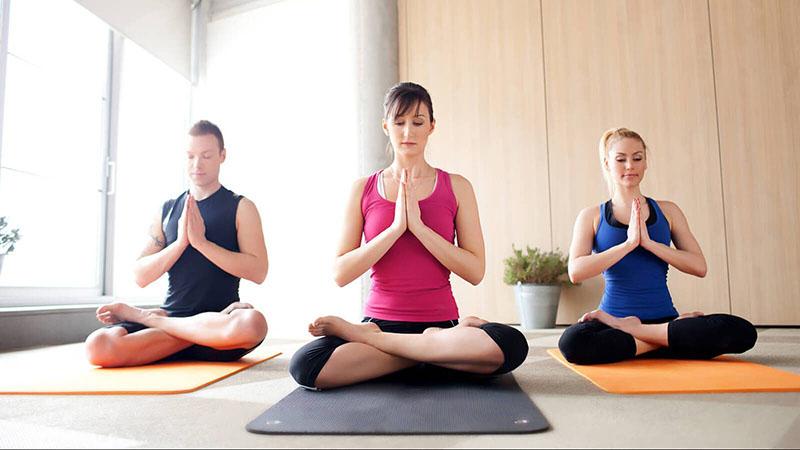 Các bài tập yoga hỗ trợ cải thiện bệnh lý xương khớp