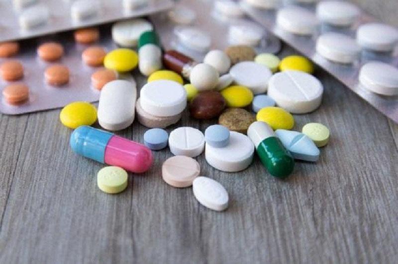 Để tránh những tác dụng phụ nguy hiểm, người bệnh chỉ nên dùng thuốc tây theo chỉ định của bác sĩ