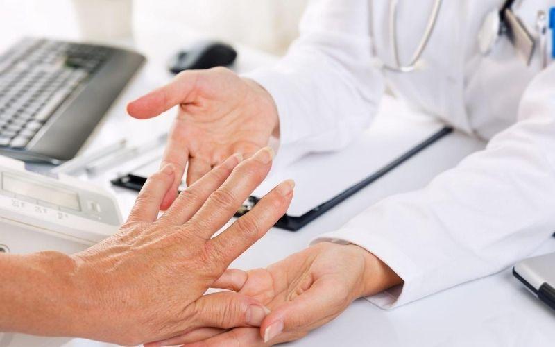Chẩn đoán viêm khớp dạng thấp cần trải qua nhiều quy trình