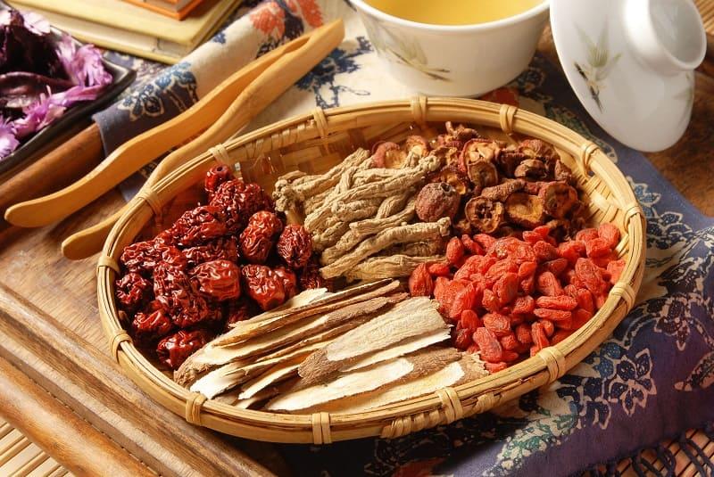 Bài thuốc Đông y điều trị viêm quanh khớp vai