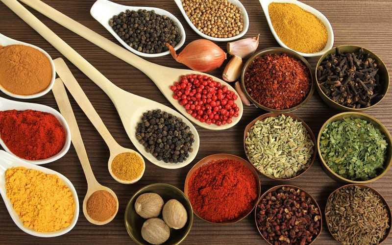 Đông y giúp giảm đau nhức và bồi bổ khí huyết cho cơ thể