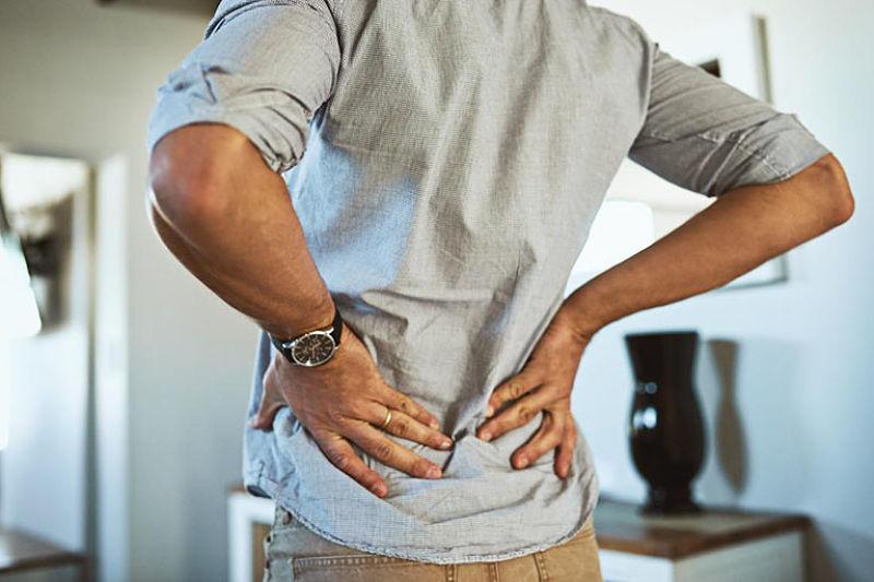 Bệnh gây ra tình trạng đau thắt dữ dội lưng, mông, đùi