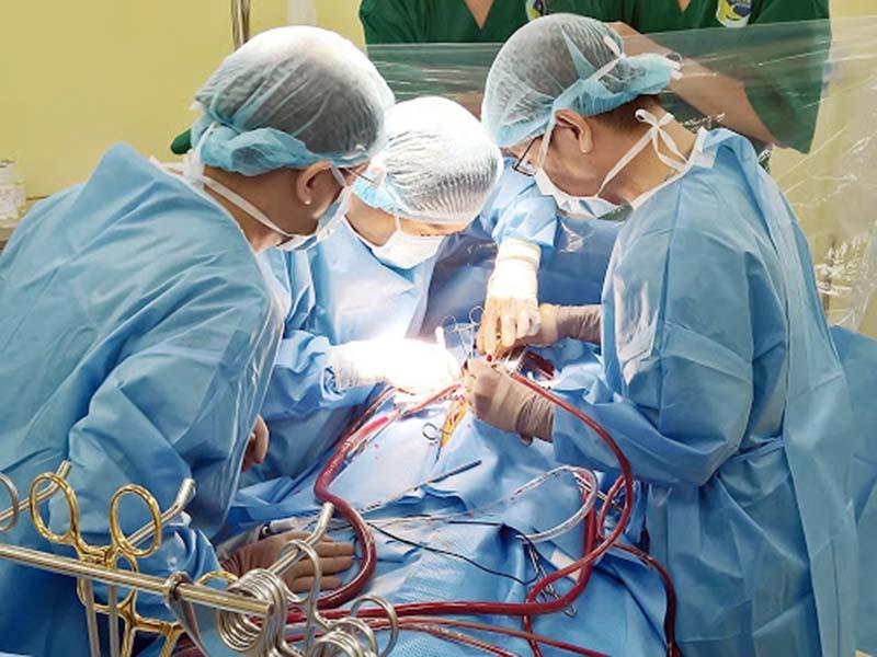 Người bệnh cần cân nhắc kỹ trước khi quyết định phẫu thuật