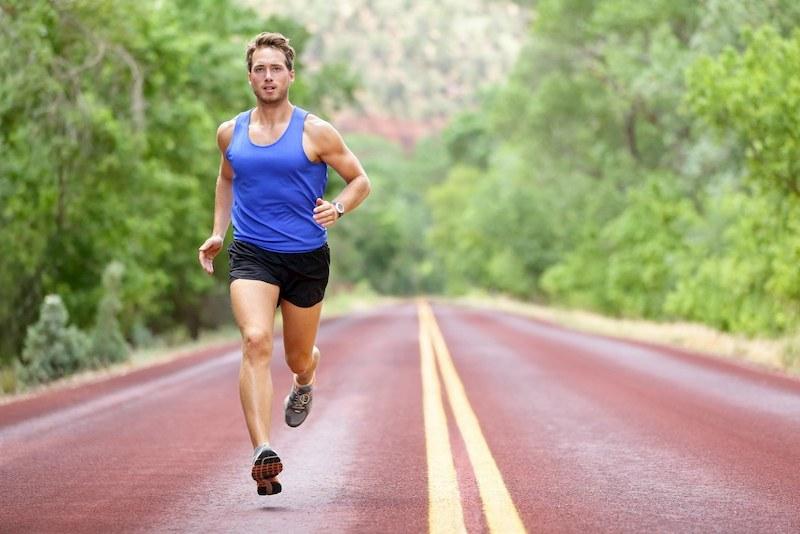 Mỗi ngày nên tập luyện thể thao 30 phút để nâng cao sức khỏe và giảm nguy cơ yếu sinh lý bệnh tiểu đường