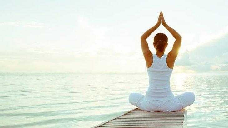 Tập yoga chữa bệnh xương khớp