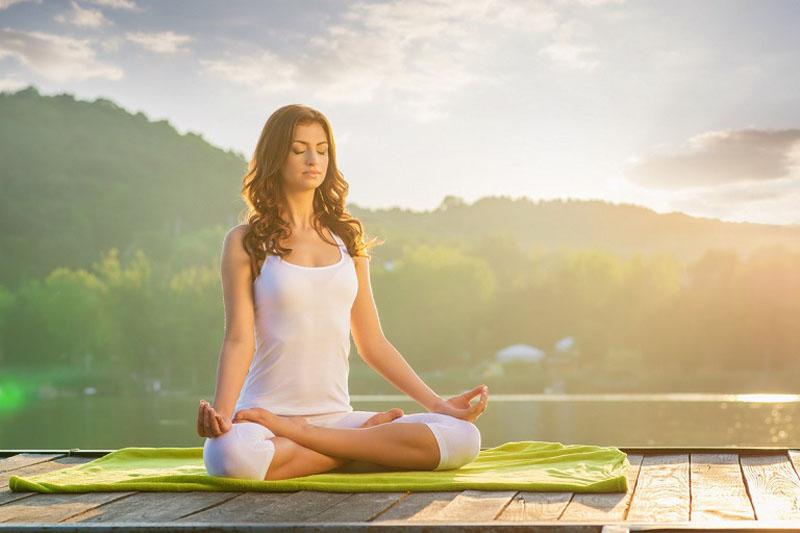 Mới tập yoga chữa viêm mũi dị ứng cần lựa chọn các tư thế thoải mái