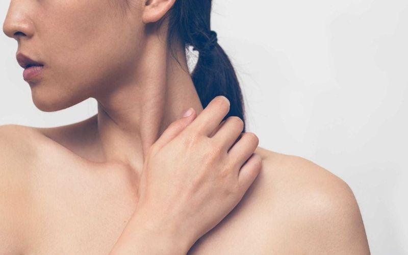 Vùng cổ bị chấn thương rất dễ ảnh hưởng đến đĩa đệm