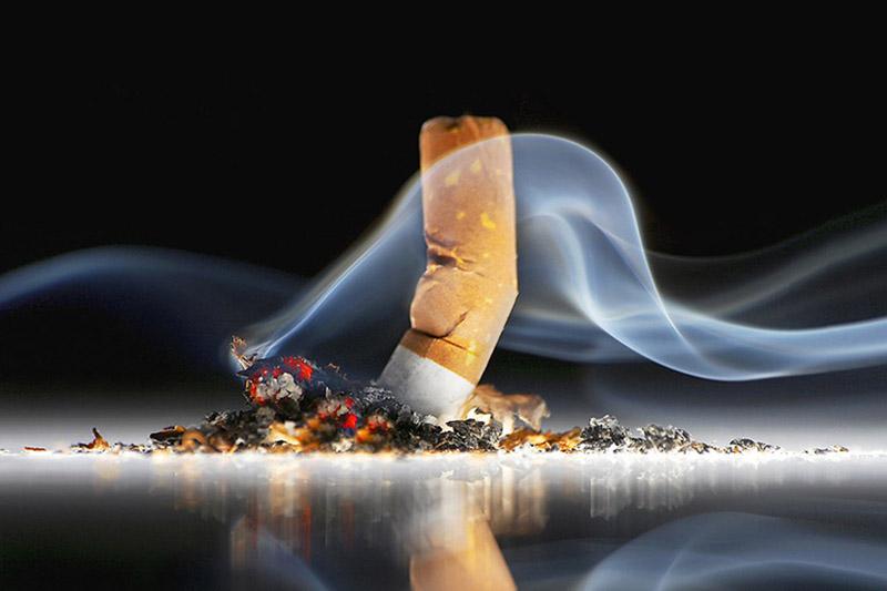 Hút thuốc lá cũng là nguyên nhân gây bệnh xương khớp