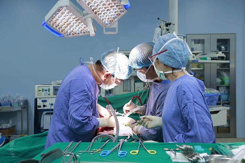 Phẫu thuật điều trị thoát vị đĩa đệm L5 S1