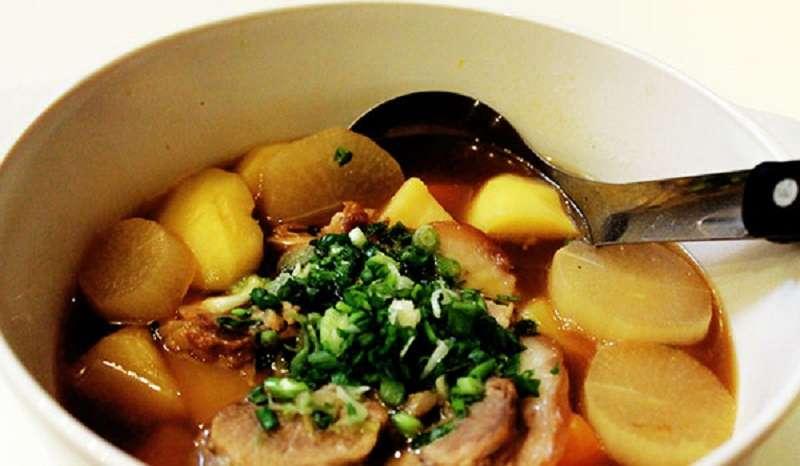 Khoai tây nấu bạch cập giúp cải thiện tình trạng viêm loét dạ dày