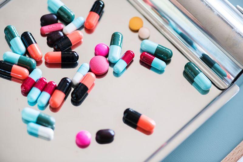 Các loại thuốc Tây y giúp giảm tình trạng đau nhức, mệt mỏi