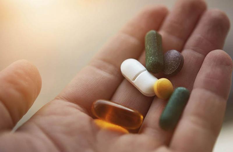Thuốc tây y điều trị bệnh tiềm ẩn nhiều tác dụng phụ