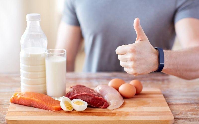 Chế độ dinh dưỡng là nhân tố quan trọng giúp ngừa tinh trùng loãng ở nam giới