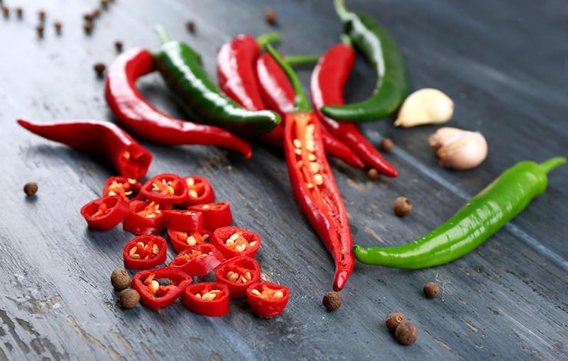 Hạn chế ăn các loại đồ cay nóng
