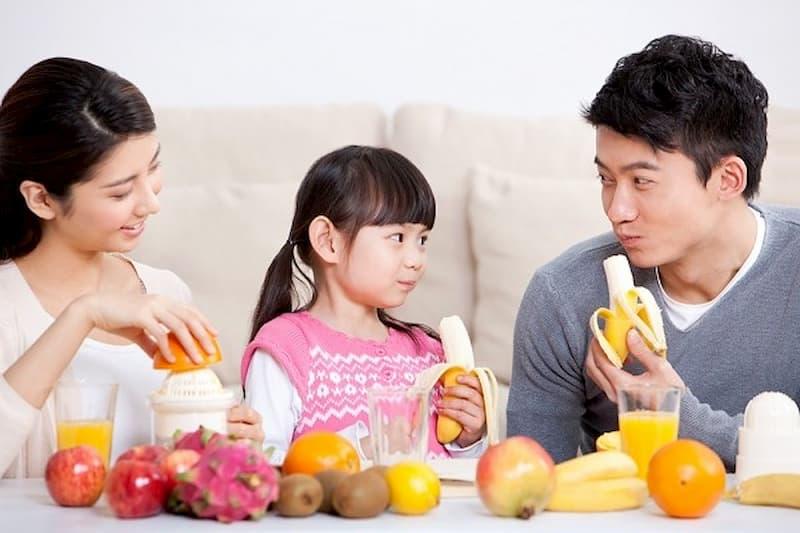 Trẻ em bị đau dạ dày nên ăn gì? - Chuối