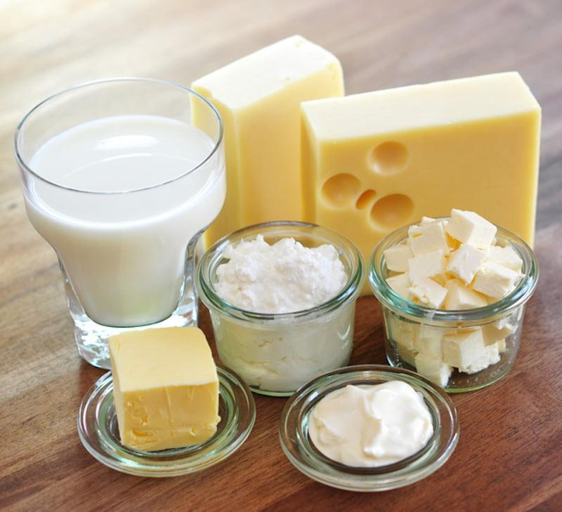 Bị nhiễm vi khuẩn HP kiêng ăn gì? Sữa và các chế phẩm từ sữa