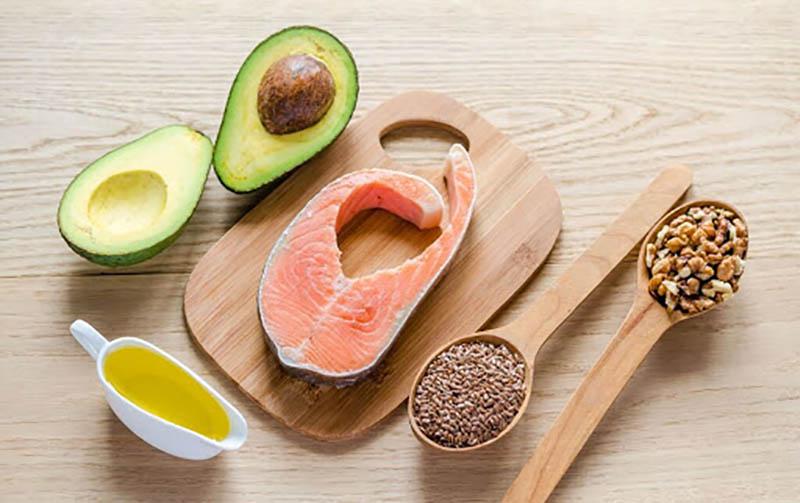 Omega 3 ức chế quá trình gây viêm trên da từ đó giảm thiểu triệu chứng bệnh viêm da dầu