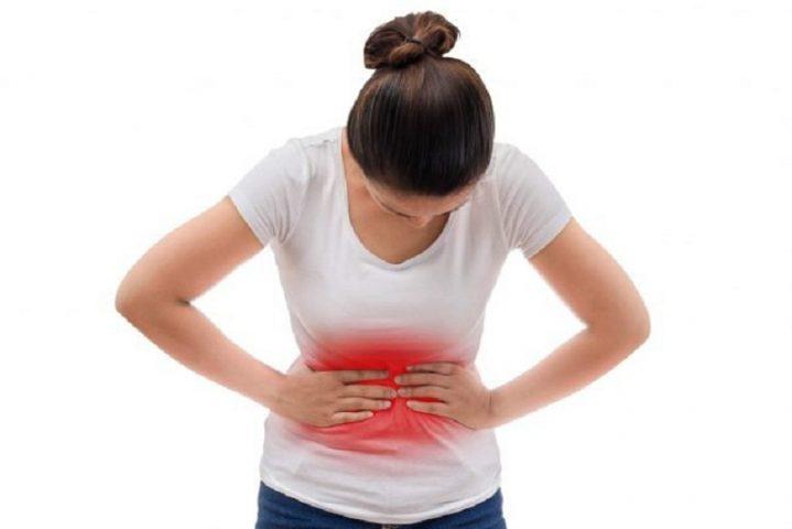 Đau bụng là dấu hiệu cơ bản nhất của viêm dạ dày