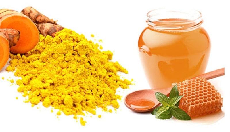 Dùng nghệ và mật ong giúp điều trị bệnh hiệu quả