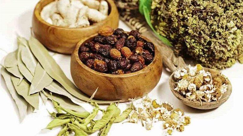 Bài thuốc Đông y thường điều trị theo cơ chế tác động từ căn nguyên bên trong cơ thể rồi mới thuyên giảm triệu chứng bên ngoài