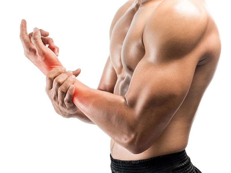 Chấn thương trong tập luyện gây viêm khớp cổ tay
